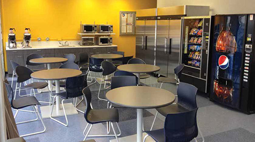 Construction Site Break Room : United upgrades employee break rooms at dulles o hare