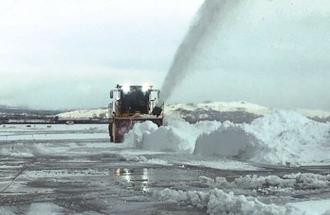 Teamwork is Lynchpin of Snow Removal at Reno Int'l