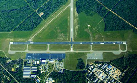 Island Location Complicates Runway Project at Martha's Vineyard Airport