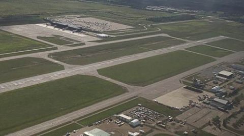 Regional Municipality Funds Runway Improvements at Fort McMurray Int'l