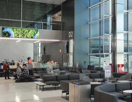 Dallas Fort Worth Int'l Fills New Terminal Extension With Technology to Wow Customers
