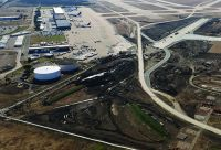 Dallas Fort Worth Int'l Rehabs Primary Arrivals Runway With Asphalt Overlay